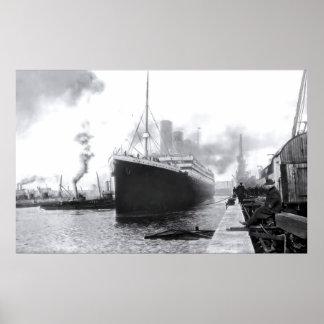 出発のサウサンプトン:  巨大なRMS ポスター