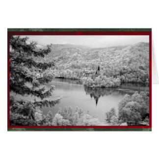 出血する湖の白黒イメージスロベニア カード
