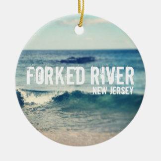 分岐した川- 2013年-ジャージーの海岸の回復 セラミックオーナメント