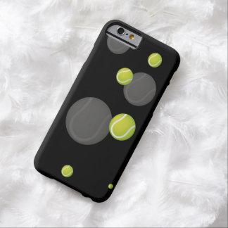 分散させたテニスのスポーツのカッコいいのギフト BARELY THERE iPhone 6 ケース