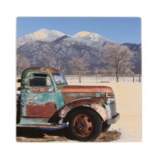 分野に坐る古いトラック ウッドコースター