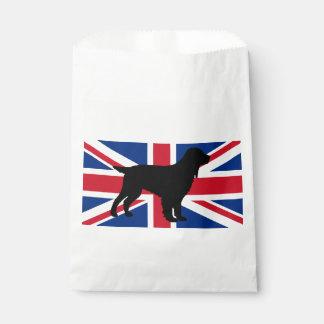 分野スパニエル犬のシルエットの旗イギリスUnited_Kingd フェイバーバッグ