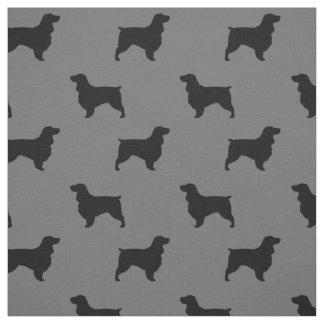 分野スパニエル犬はパターンのシルエットを描きます ファブリック