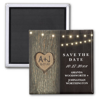 切り分けられたイニシャルの古いオークの木の結婚式の保存日付 マグネット