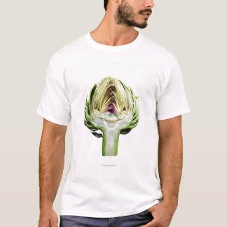 切り取られる地球アーティチョークの半分 Tシャツ