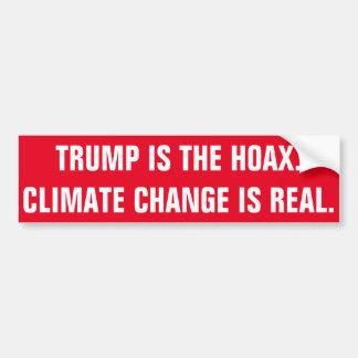 切札は悪ふざけです。 気候変動は実質です バンパーステッカー