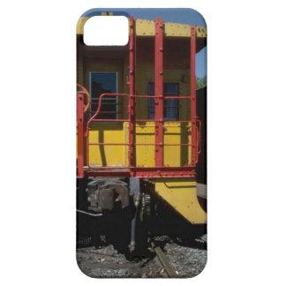 列車およびトラック-木の鉄道車 Case-Mate iPhone 5 ケース