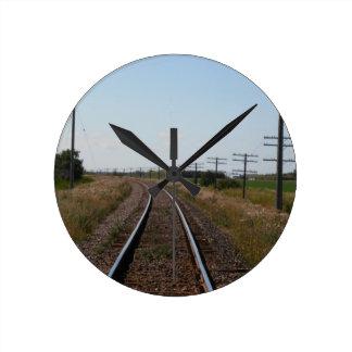 列車は柱時計を追跡します ラウンド壁時計