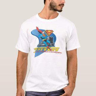 列車-色を持つスーパーマン Tシャツ