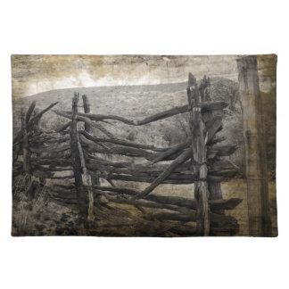 初期のな田園西部地方の素朴な農場の塀 ランチョンマット