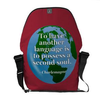 別の言語精神の引用文。 地球 クーリエバッグ