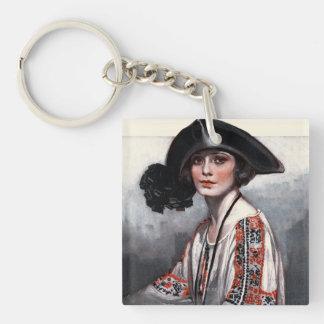 刺繍されたブラウスの女性 キーホルダー