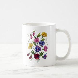 刺繍されるカラフルなスイートピー コーヒーマグカップ