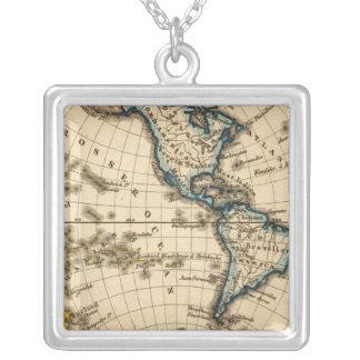 刻まれた西半球の地図 シルバープレートネックレス