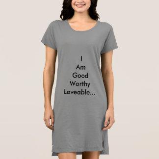 前向きなメッセージが付いているTシャツ ドレス