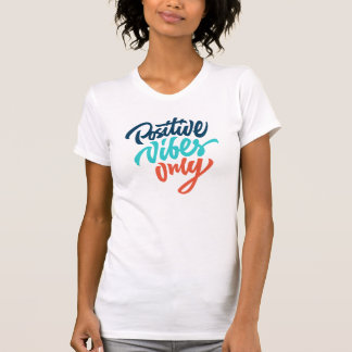前向きな感情のワイシャツだけ Tシャツ