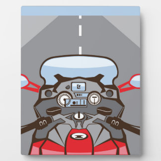 前方のオートバイのライダーの意見色の道 フォトプラーク