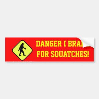前方の危険のsquatches バンパーステッカー