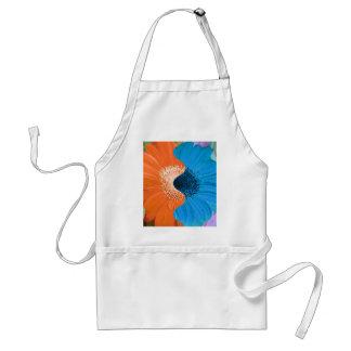 割れたオレンジ青くモダンなガーベラのデイジーの抽象芸術 スタンダードエプロン