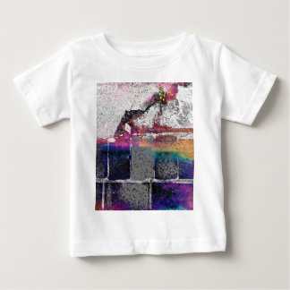 割れた具体的なシリーズ ベビーTシャツ