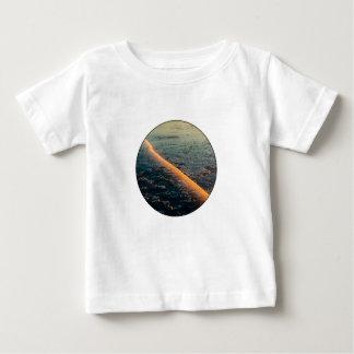 割れた氷 ベビーTシャツ