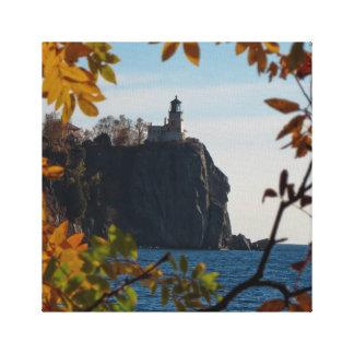 割れた石の灯台 キャンバスプリント