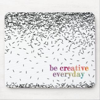 創造的な毎日の水彩画の文字があって下さい マウスパッド
