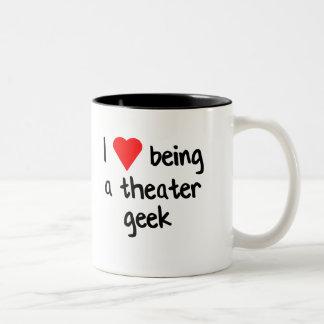 劇場のギークがあるI <3 ツートーンマグカップ