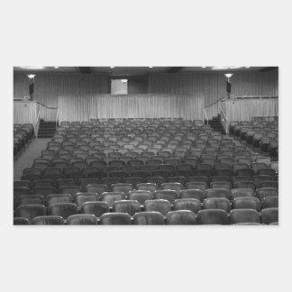 劇場は白黒をつけます 長方形シール