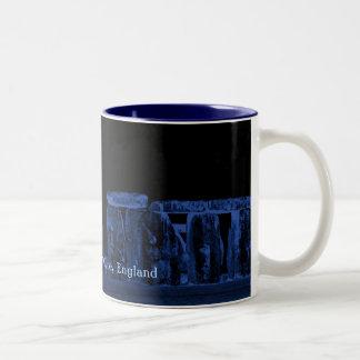 力のStonehengeの古代史跡 ツートーンマグカップ