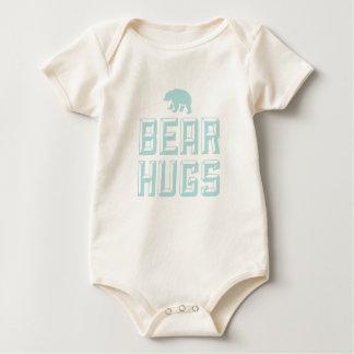 力強い抱擁の乳児のティー ベビーボディスーツ