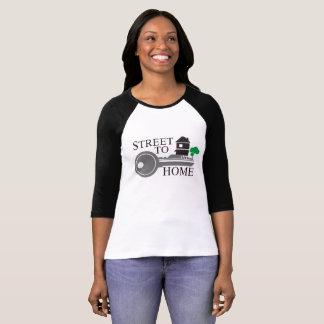 動きのRaglanの女性ワイシャツを家へ帰る通り Tシャツ