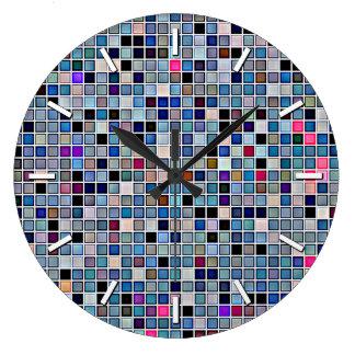 動揺してでファンキーで青い「浴室は」パターンをタイルを張ります ラージ壁時計