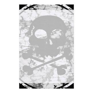 動揺してなスカル及び骨が交差した図形のシルエットB&W 便箋
