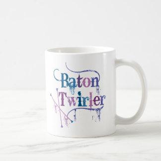 動揺してなバトンガール コーヒーマグカップ