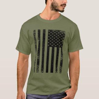 動揺してな白黒米国旗 Tシャツ