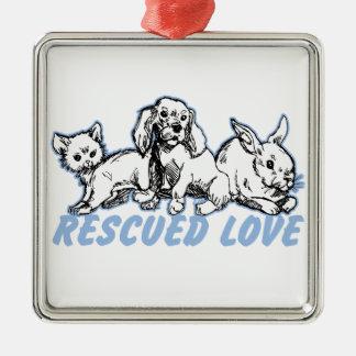 動物によって救助される愛 メタルオーナメント