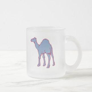 動物園のラクダ フロストグラスマグカップ