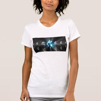 勝利作戦および巧妙な考え方 Tシャツ