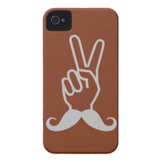 勝利髭カスタムな色のiPhoneの穹窖 Case-Mate iPhone 4 ケース