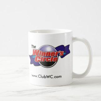 勝者の円のマグ コーヒーマグカップ