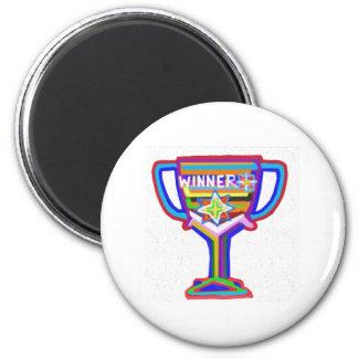 勝者: 手はトロフィを制作しました: 卓越性を励まして下さい マグネット