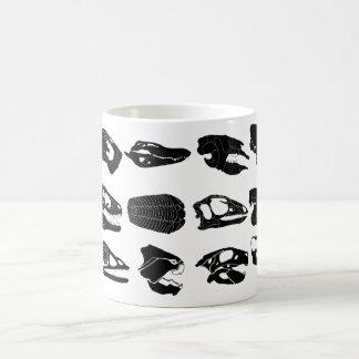 化石のスカルのマグ コーヒーマグカップ