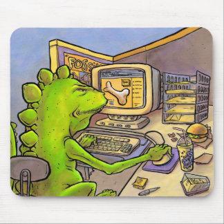 化石のハンター マウスパッド