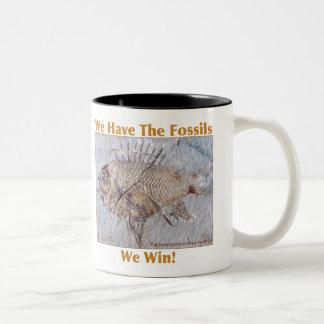 化石の勝利 ツートーンマグカップ