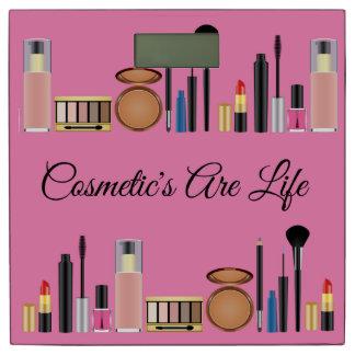 化粧品はかわいらしいピンクが構成する生命です 体重計