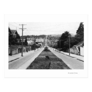 北のくねり、オレゴンの町の眺めの写真 ポストカード