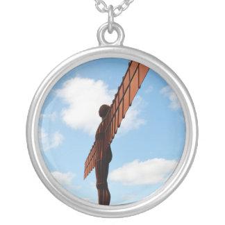 北のペンダントの天使 シルバープレートネックレス