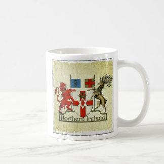 北アイルランドのコートの腕のマグ コーヒーマグカップ