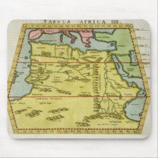 北アフリカ、c.1580s (着色された版木、銅版、版画)の地図 マウスパッド